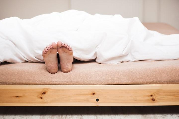 Auf normaler Matratze schlafen